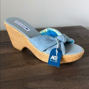 American Eagle wedges size 7.5 denim blue color